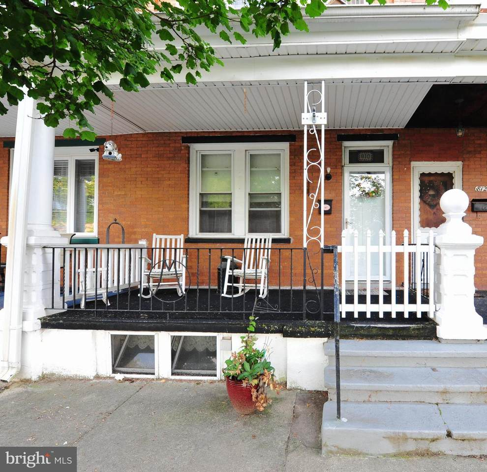810 Jefferson Avenue - Photo 1