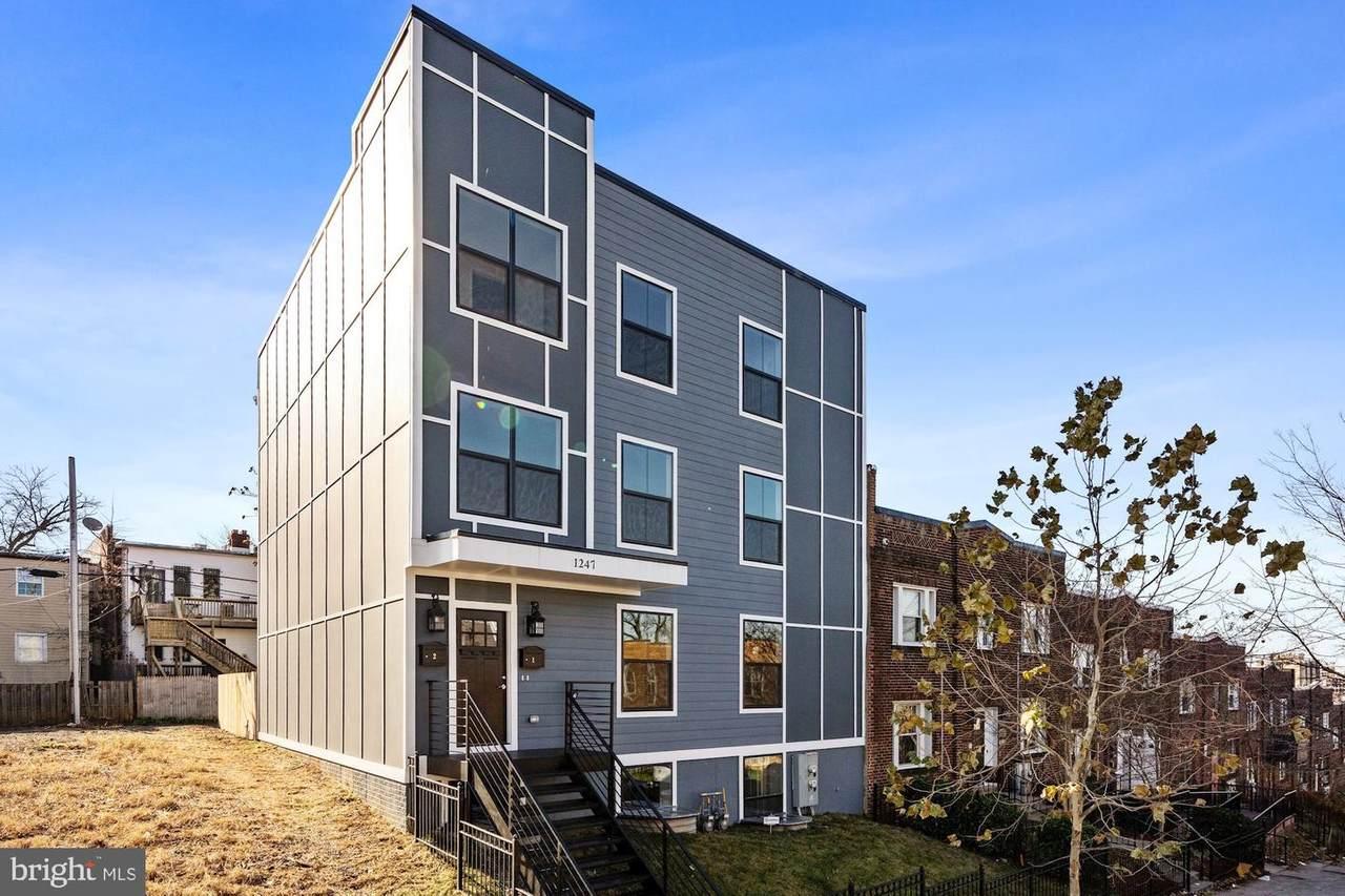 1247 Holbrook Terrace - Photo 1