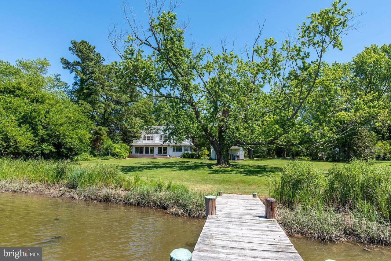 9832 Mill Point Road - Photo 1