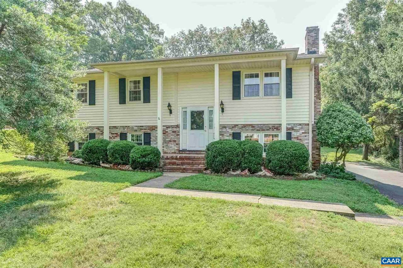 3039 Colonial Drive - Photo 1