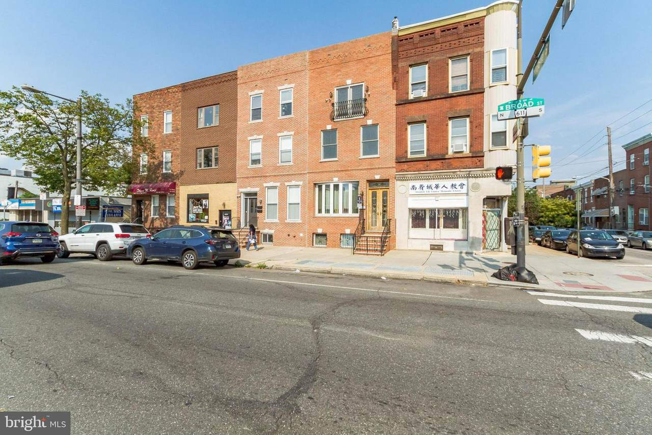 1729 Broad Street - Photo 1