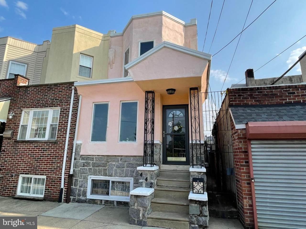 442 Vollmer Street - Photo 1