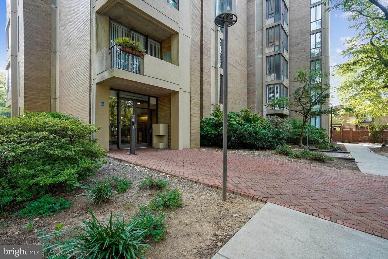 11400 Washington Plaza - Photo 1