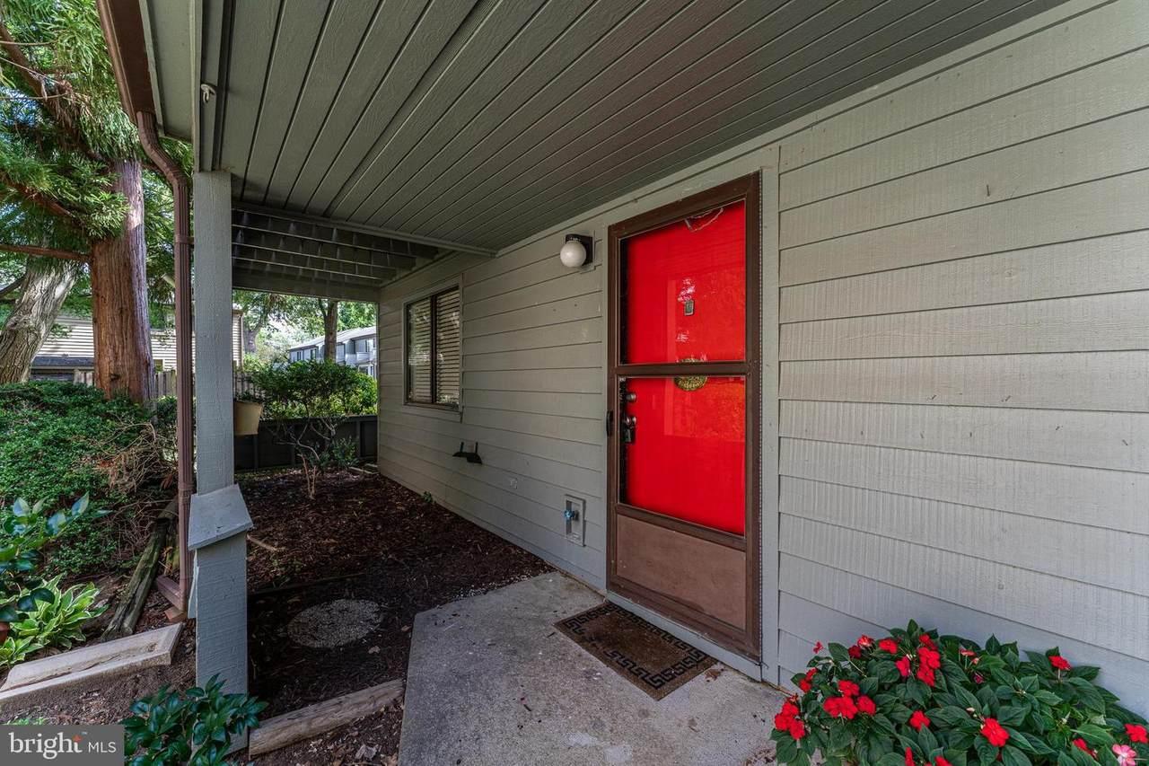 1071 Cedar Ridge Court - Photo 1