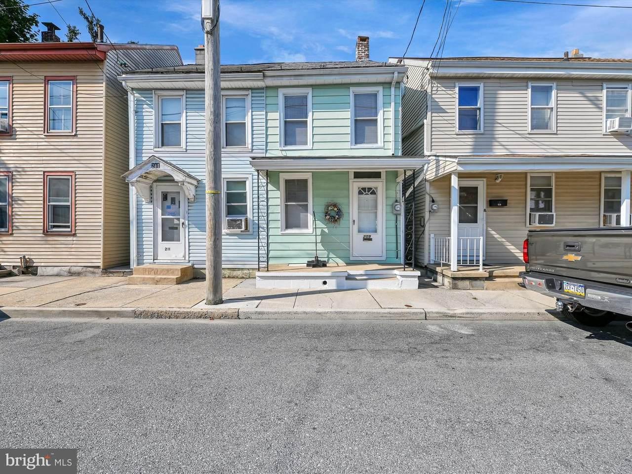 209 Mifflin Street - Photo 1