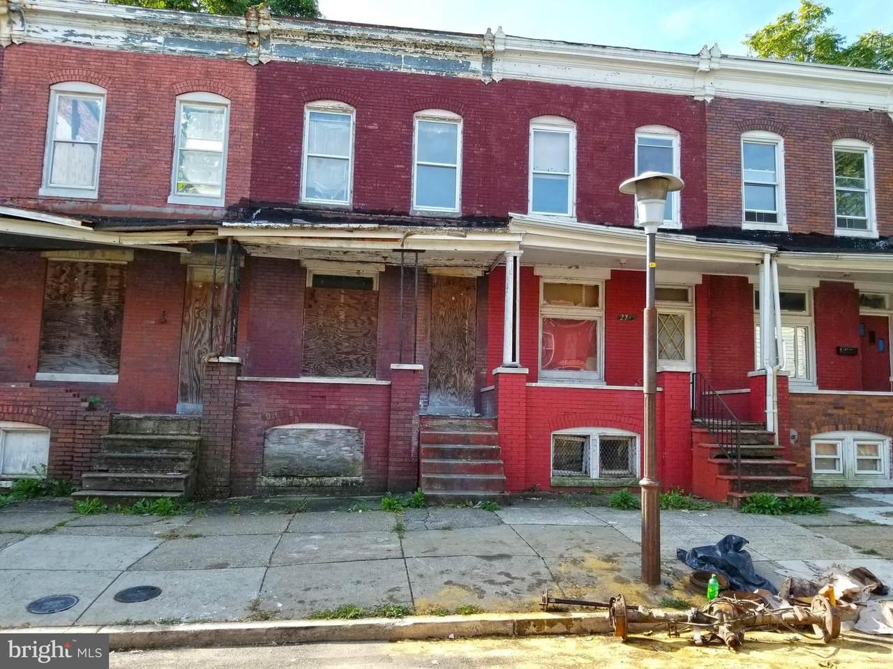 2747 Fairmount Avenue - Photo 1