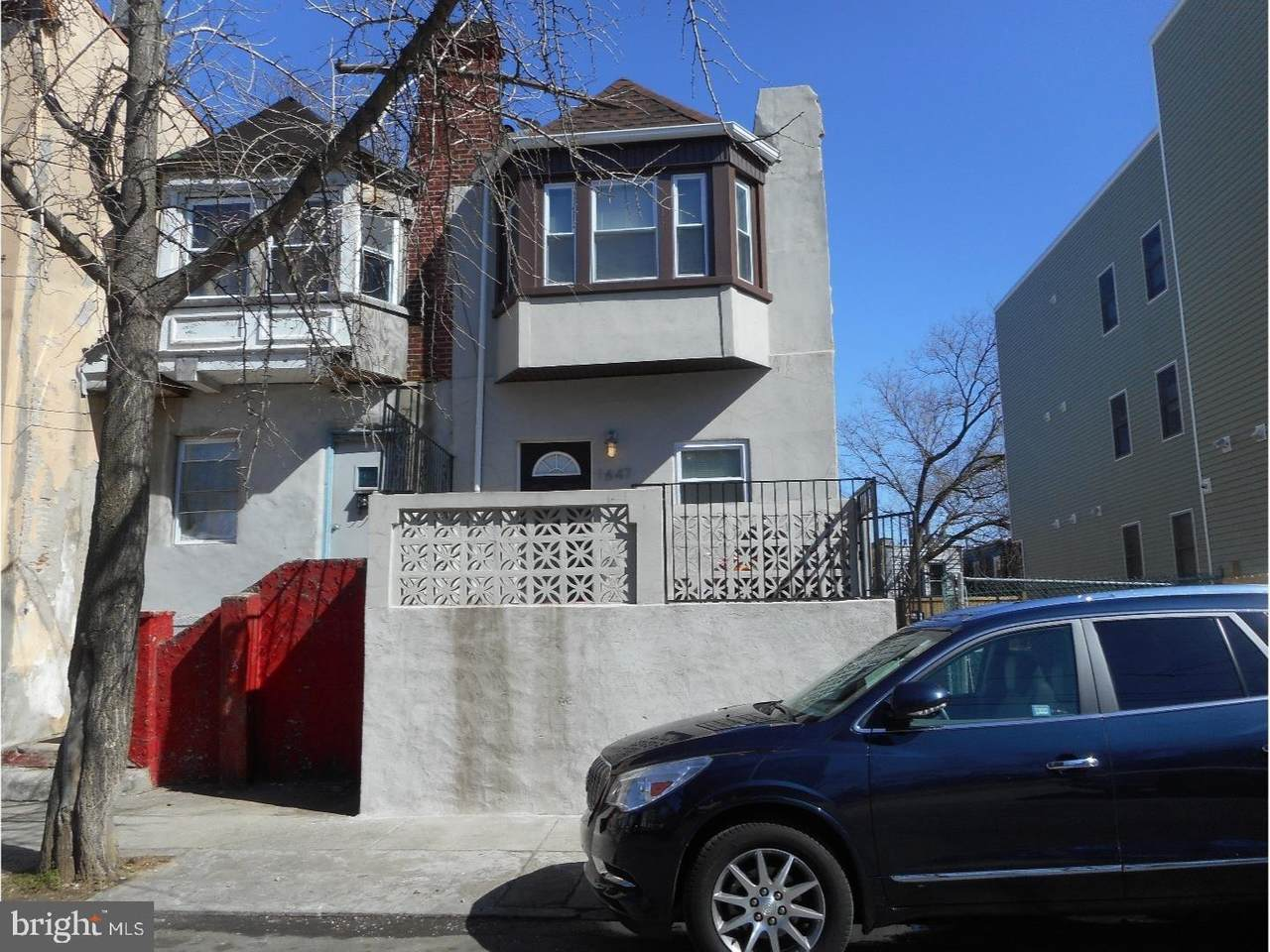 1647 Marshall Street - Photo 1