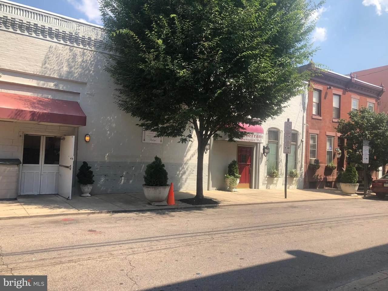 2033-39-37 Bancroft Street - Photo 1