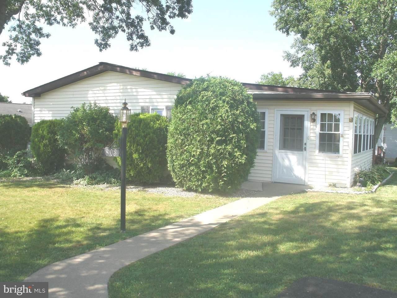803 Hickory Lane - Photo 1