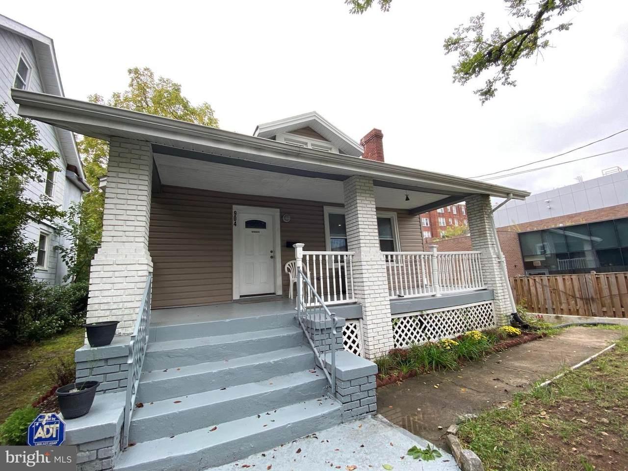 904 Butternut Street - Photo 1