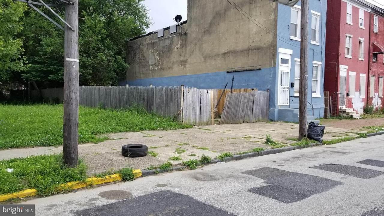 424 Stevens Street - Photo 1