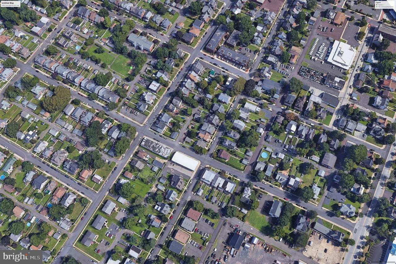 218 Green Street - Photo 1