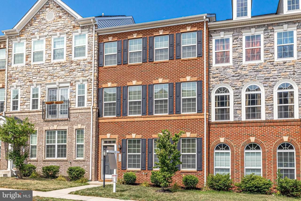 1550 Kinnaird Terrace - Photo 1