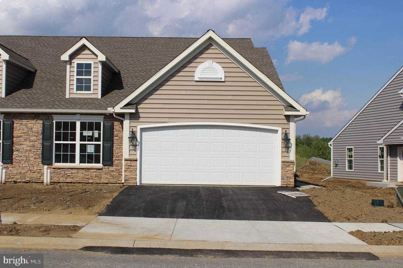 128 Goldenfield Drive - Photo 1