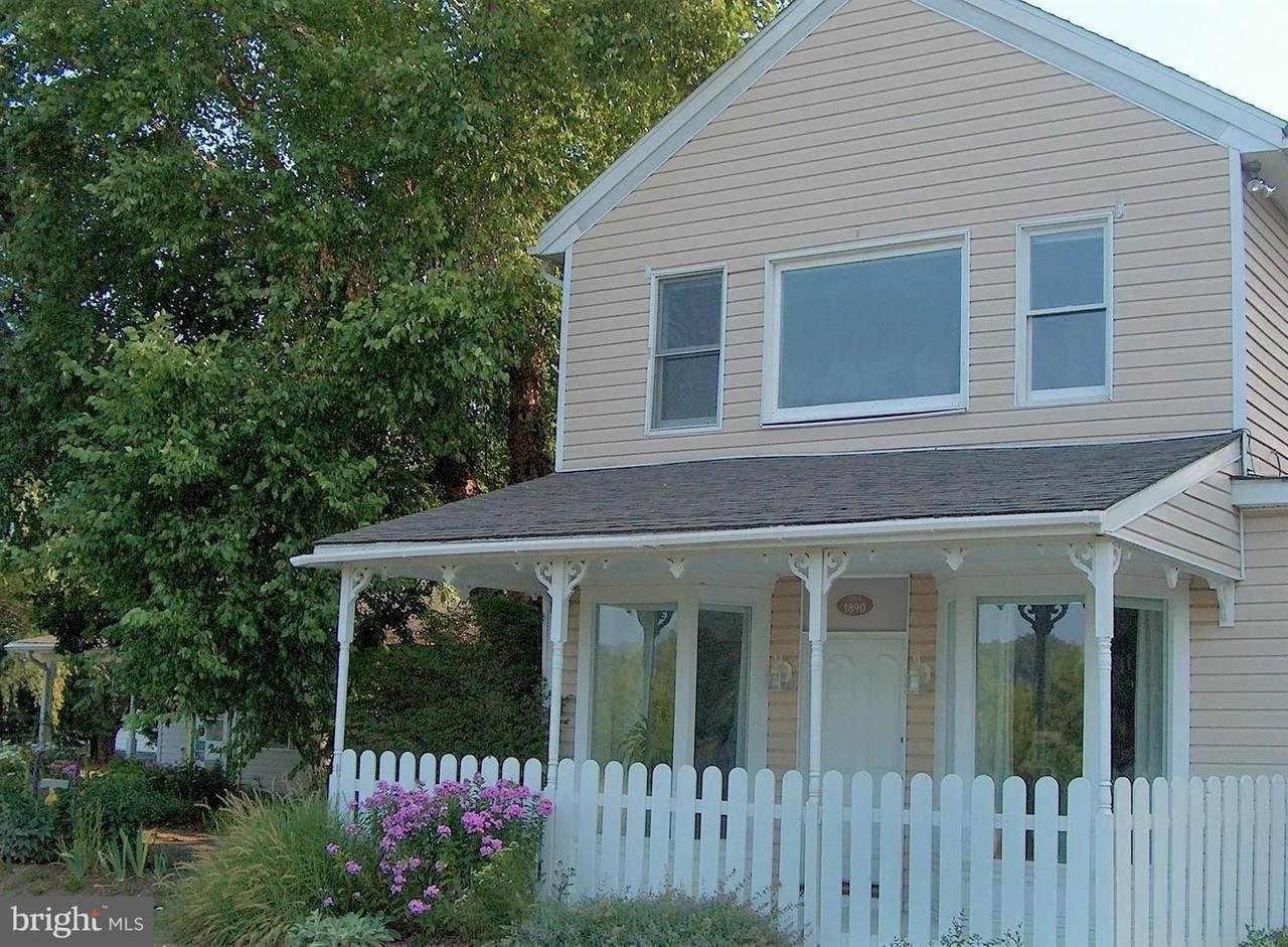 5592 Poplar Lane - Photo 1
