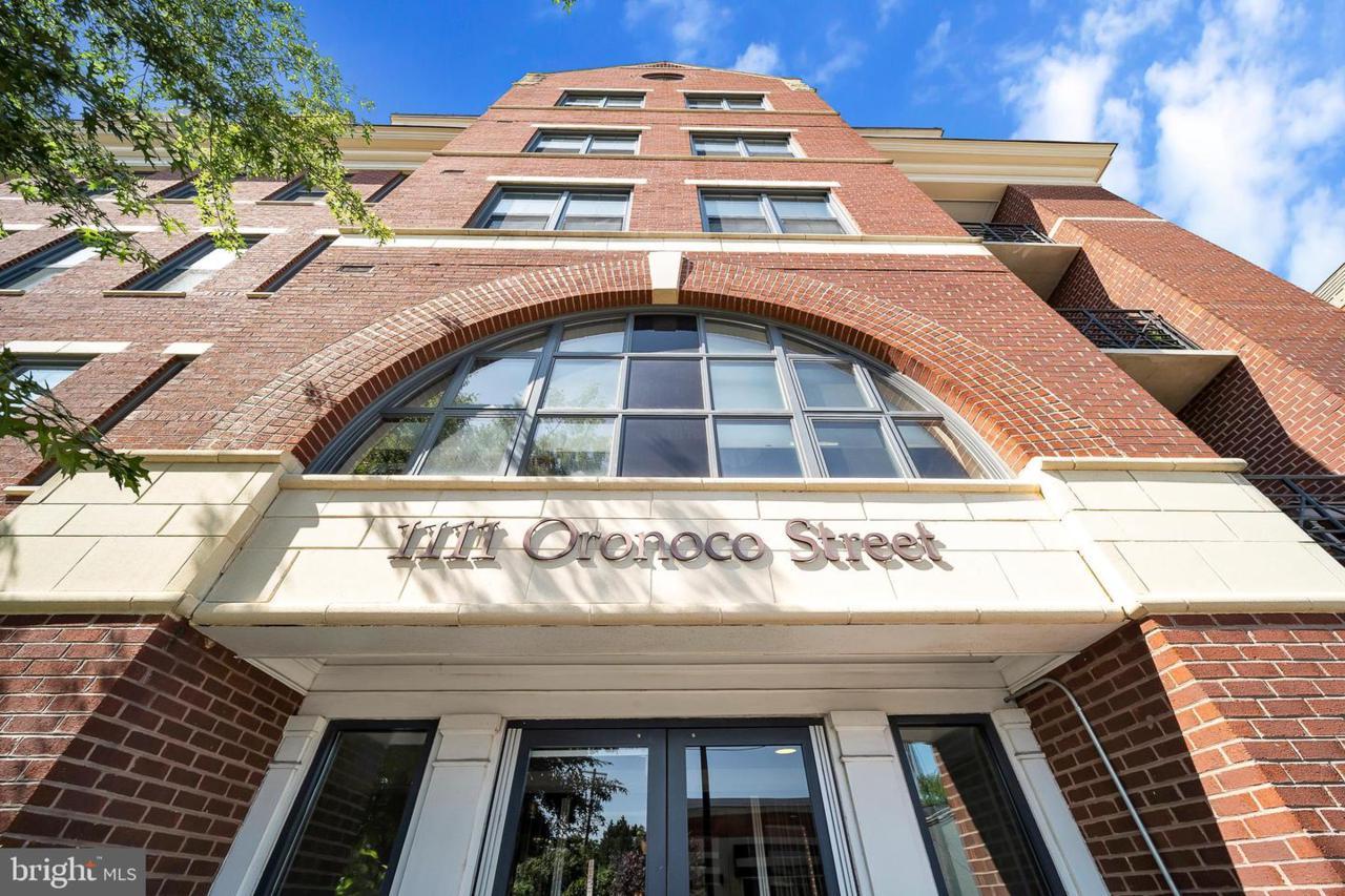 1111 Oronoco Street - Photo 1