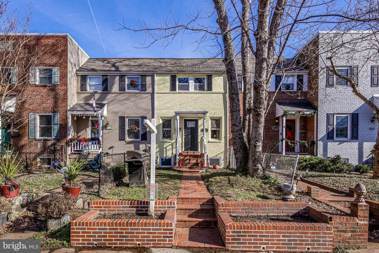 1125 Colonial Avenue - Photo 1