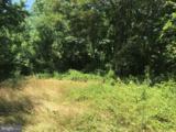 2289 Hunting Quarter Road - Photo 3