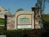 2544 Saint Victoria Drive - Photo 60