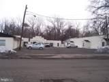 408 Stokes Avenue - Photo 2