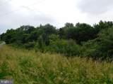 Broad Lane - Photo 2