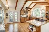 9627 Carriage Road - Photo 8