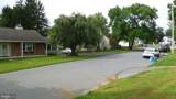 909 Randall Avenue - Photo 5