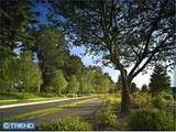 1005 Parkview Drive - Photo 2