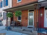 532 Walnut Street - Photo 2