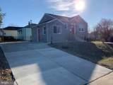 1107 Dunbar Oaks Drive - Photo 2