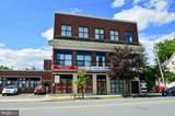 912 Main Street - Photo 2