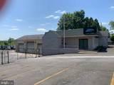 321 Maple Avenue - Photo 1