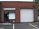8515 Edgeworth - Photo 2