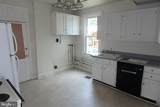 221 1/2 Norway Avenue - Photo 5