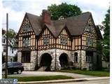 25 Montrose Avenue - Photo 1