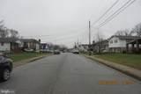 5913 Leewood Avenue - Photo 4