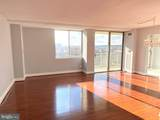 501 Slaters Lane - Photo 2