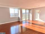 501 Slaters Lane - Photo 3