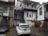 955 Chestnut Street - Photo 2