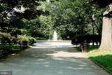 210 Washington Square - Photo 44