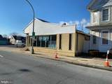 319 W Division Street - Photo 1