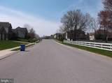 619 Parkwood Drive - Photo 4