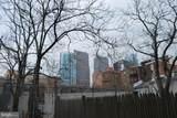 2209 Walnut Street - Photo 10