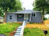 1403 Dunbar Oaks Drive - Photo 1