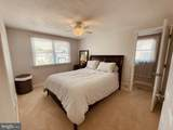 7903 Highpoint Road - Photo 18