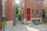 136 Carpenter Street - Photo 1
