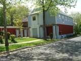 9522 Fairview Avenue - Photo 10