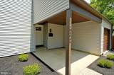 230 Twin Rivers Dr N - Photo 3