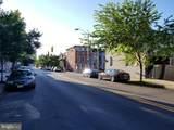 1110 Lombard Street - Photo 25