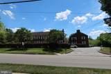922 Montgomery Avenue - Photo 92